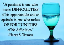 optimist-vs-pessimist-photo